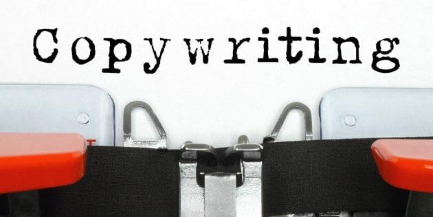 máquina de escrever e a palavra copywriting