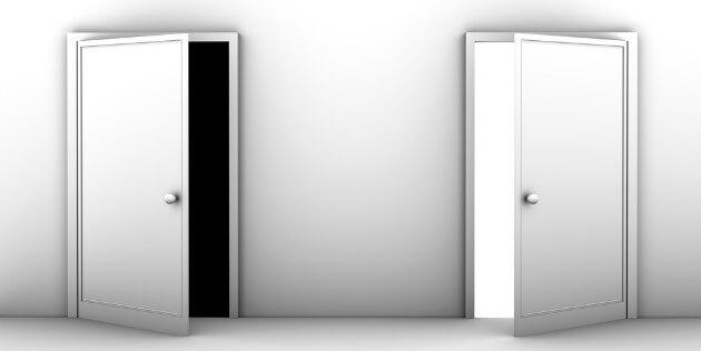 portas preto e branco
