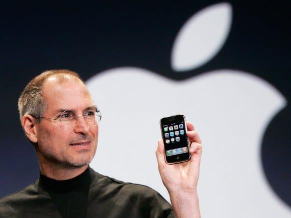 Steve Jobs em lançamento do primeiro Iphone
