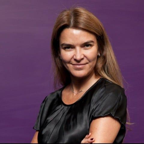 Claudia Colaferro em perfil