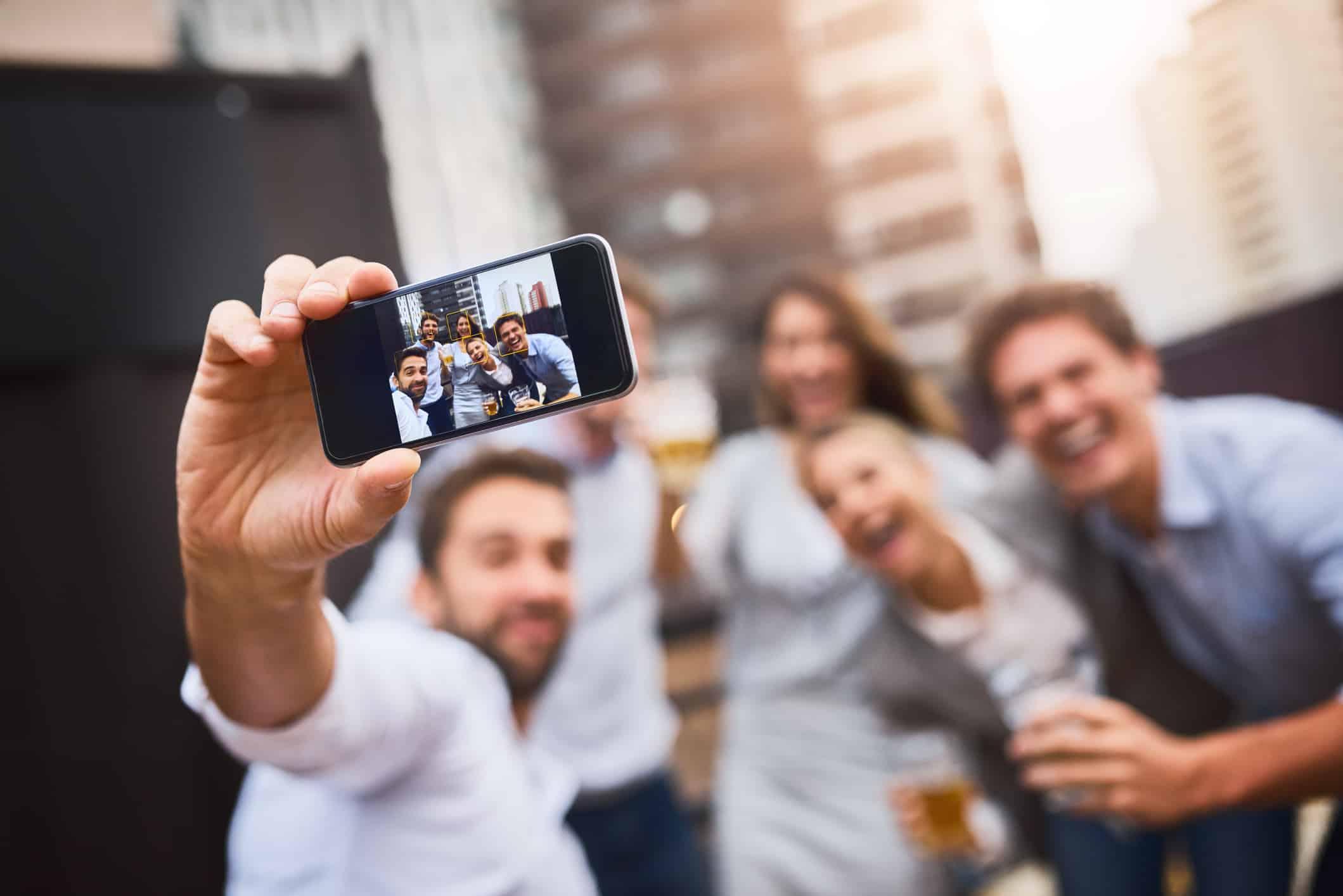 Equilíbrio entre vida social e trabalho é um benefício que funcionários de grandes empresas procuram