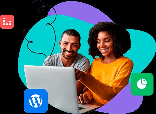 Homem e mulher trabalhando no WordPress