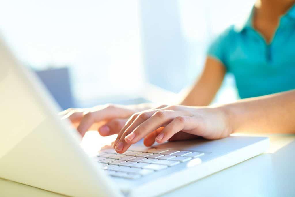 linguagem-web-teclado